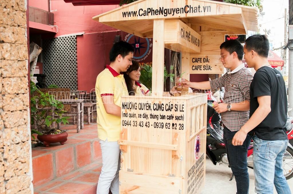 Tặng xe gỗ bán cafe take away