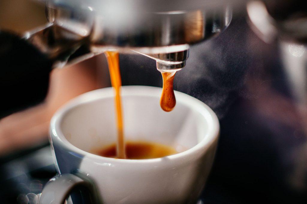 ca-phe-espresso-thuc-uong-phai-co-trong-moi-quan-ca-phe-hien-dai-4